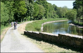 Cycling the Nantes Brest Canal finistere